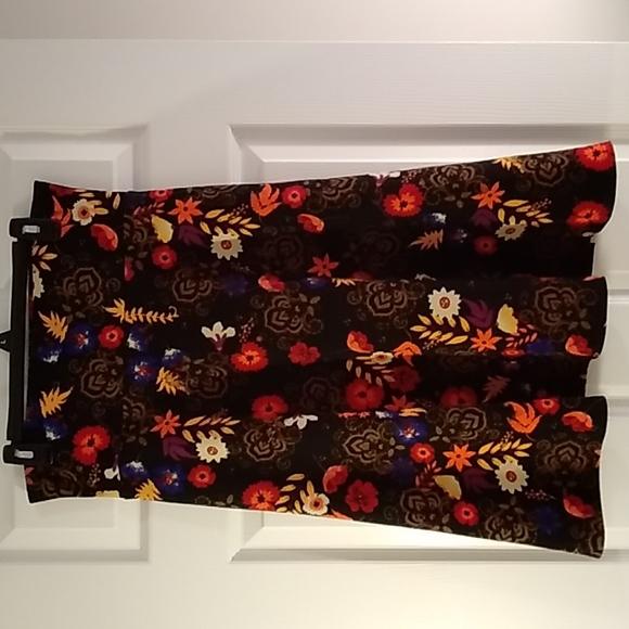 LulaRoe Maddison Skirt